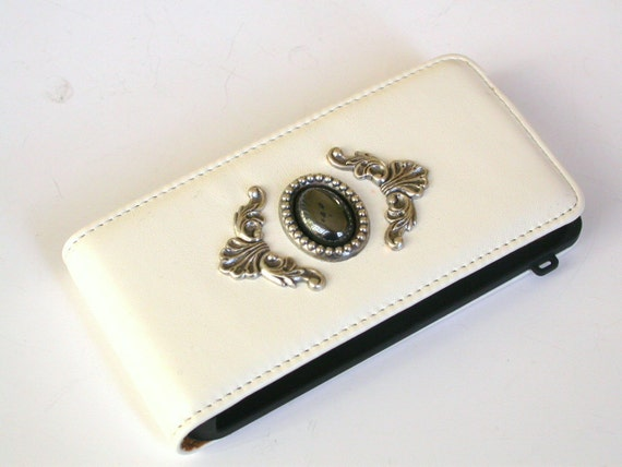 iPhone 4 Case - White Magnetic Flip Leather Case - Hematite Gemstone