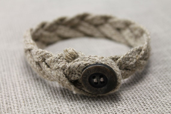 Rustic bracelet version 1, to him and unisex, fiber, button, minimalist, gifts to him