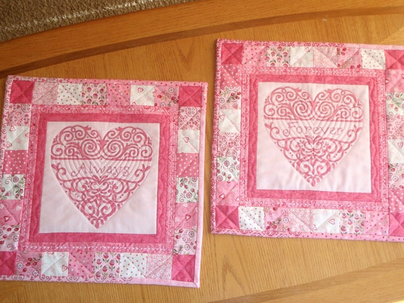 QUILTED TABLE RUNNERS for Valentine's Day, Sweetest Day, Anniversaries, Weddings, Showers in Pink