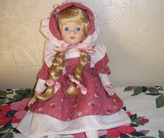 1989 Heritage Mint Doll, Treasury item
