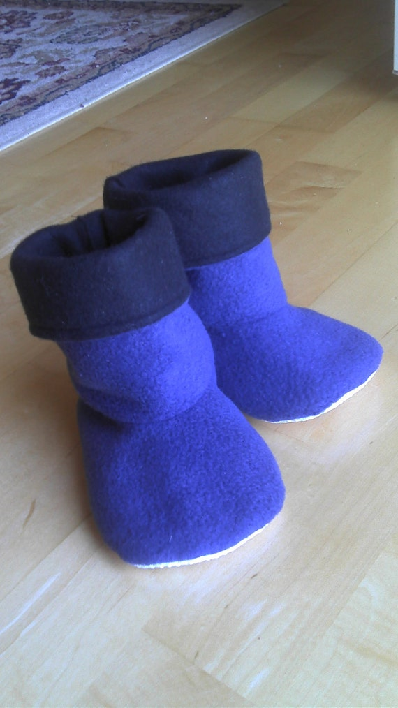 Baby, toddler, children's fleece slipper socks with no-slip soles, navy blue and black, double layered & reversible