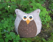 PDF - Stumpy the Owl - a hoot of a tea cozy pattern designed for wool