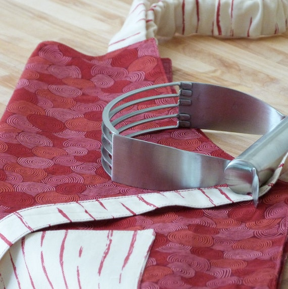 Older Girls Apron, Tween Apron, Red and Cream, Handprinted Cotton, Lined, Free US Shipping