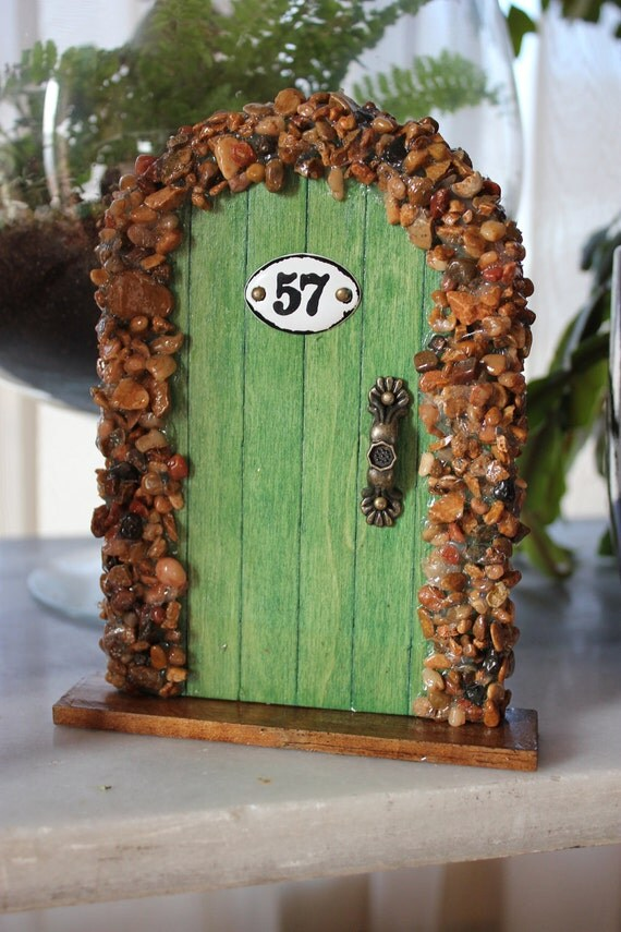 Miniature Wood Fairy Hobbit Door Green with Natural Pebbles
