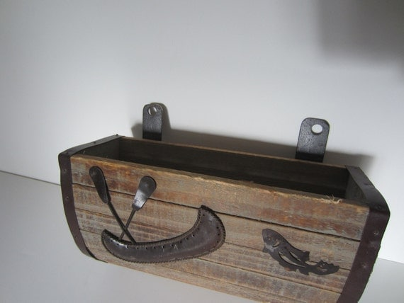 Rustic WOOD and METAL wall holder with CANOE