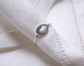 Gray moonstone ring - sterling silver