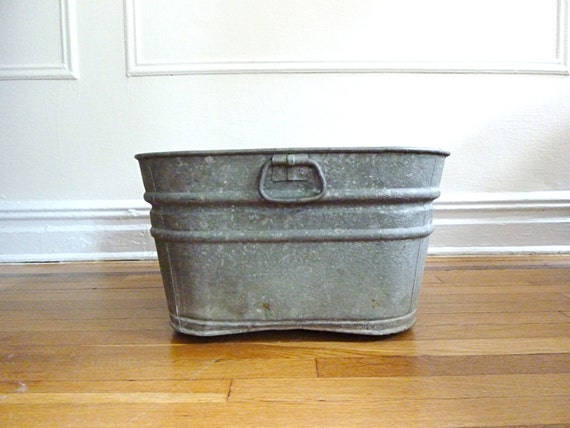 Large Wash Tub : Galvanized Metal Wash Tub
