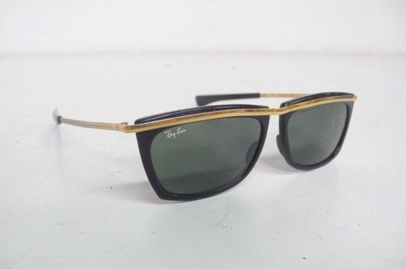vintage sunglasses ray ban/80s/ wayfarer/golden pins