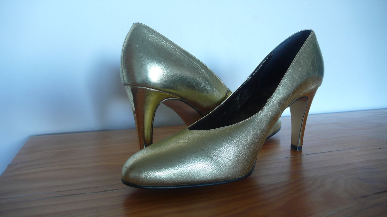 golden high heels shoes leather by bedifferentvintage on etsy