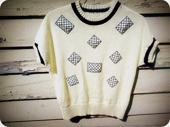 White Geometric Knit Sweater Tshirt Top