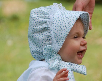Blue Print Bonnet (Also comes in Pink Rose Bud Fabric)