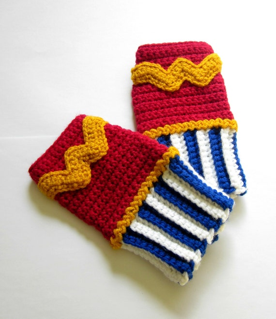 Geeky Gauntlets. Wonder Woman Inspired Wristwarmers. Superhero Fingerless Gloves. Super Hero Series. Crochet Justice League Comics Cosplay.