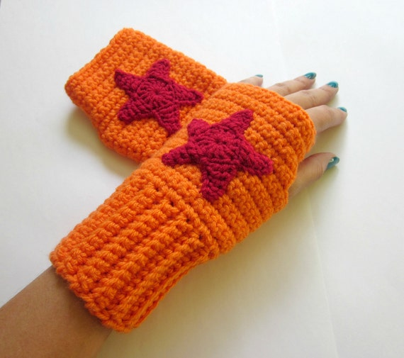 Geeky Gauntlets. Dragon Ball Inspired Wristwarmers. Superhero Anime Fingerless Gloves. Super Hero Series. Crochet Manga Accessory. Cosplay.