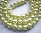 1 strand 16'', 40 pearls, 10mm Spring Green Glass pearls, Light Green Pearls, Big Green Pearls, see other colors available