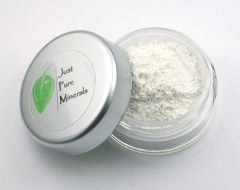 Snow Vegan Eye Shadow - Cruelty Free Mineral Eye Shadow- 3g of product in a 10g sifter jar