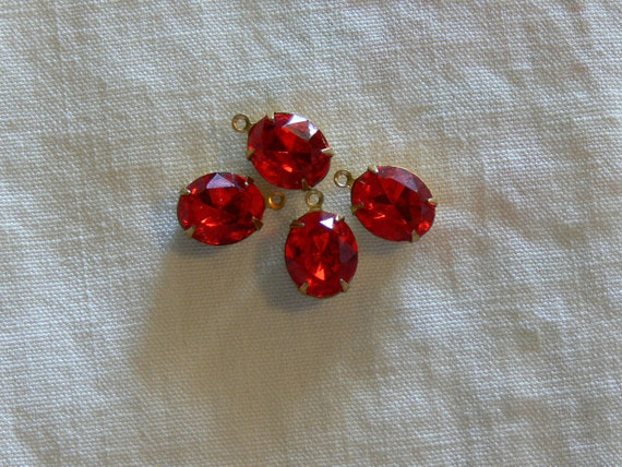 Vintage Swarovski  Siam Red Rhinestone Foiled Glass Jewels 12x10 Ovals Brass Settings