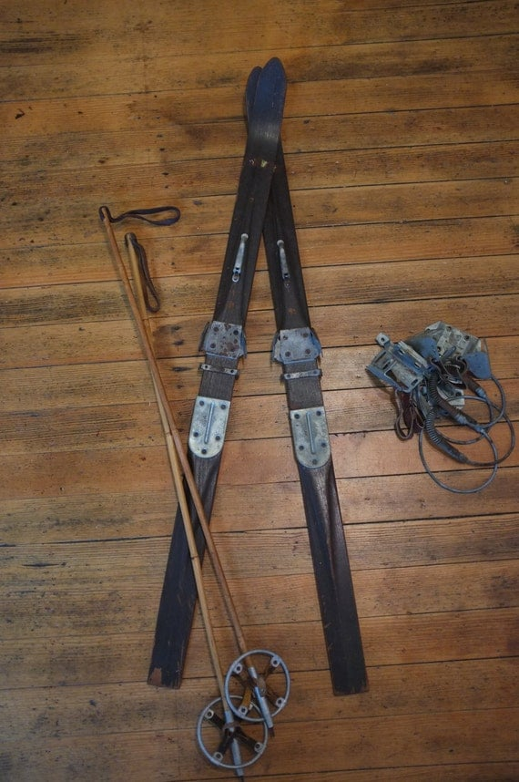 Vintage skis and poles