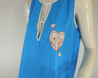 Vintage 70s Nightie in Blue Nylon With Love Theme - med, lg