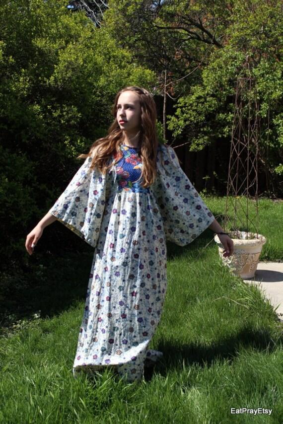 Vintage Hippie Butterfly Dress 70s Flower Child Kimono Sleeves Cotton Maxi Dress Boho Print Dress