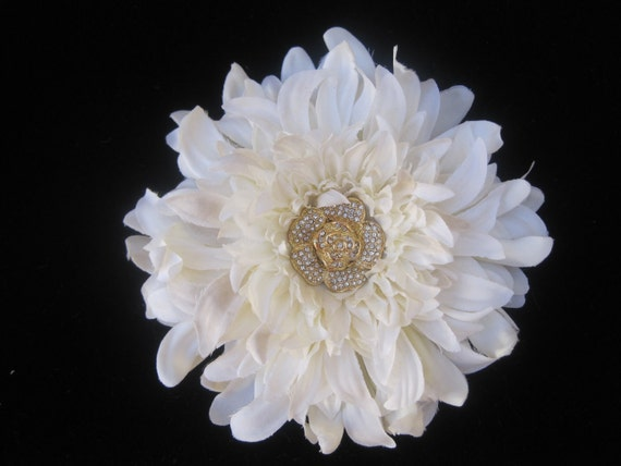 Elegant Ivory Wedding Dahlia Fascinator with a Gorgeous Rhinestone and Gold Flower Accent