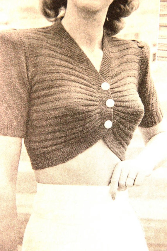 Hello Sailor- 1940s Knitting Pattern- cropped knitted top B32 and B34