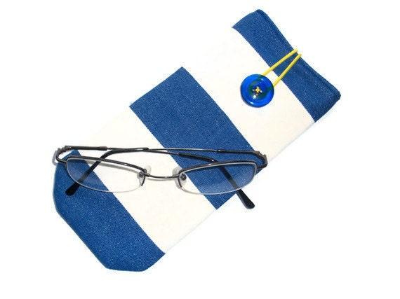 Protective case for eye glasses- deckchair stripes - button closure.