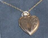 Heart Locket on Chain - Gold Fill - Vintage