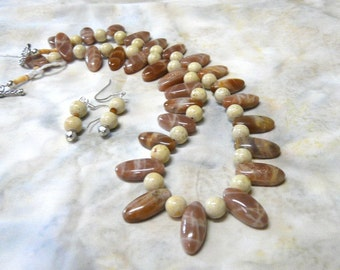 SALE!  19 Inch Taupe and Cream Agate Stick Bead Necklace with Earrings