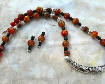 SALE!   18 INch Faceted Carnelian Agate Collar Necklace with Earrings
