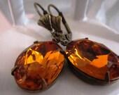 Autumn Amber Rhinestone Earrings Vintage Topaz Earrings Golden Honey Earrings Citrine Rhinestone Earrings November Birthstone Old Hollywood