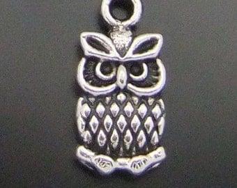 4 Owl Charms A1E203 Small Silver Tone