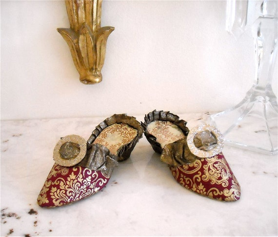 Paper Mâché Pair of Marie Antoinette Inspired Slippers - Burgundy Bronze