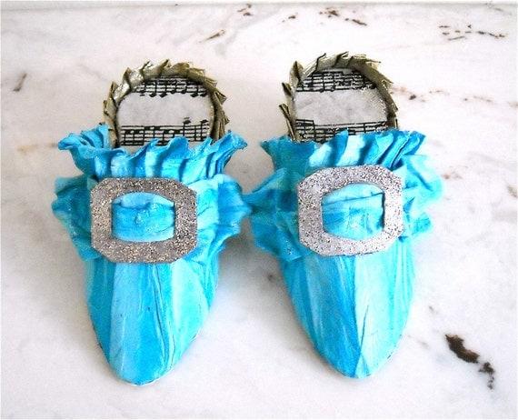 Paper Mâché Pair of Marie Antoinette Inspired Slippers - Rhapsody in Blue