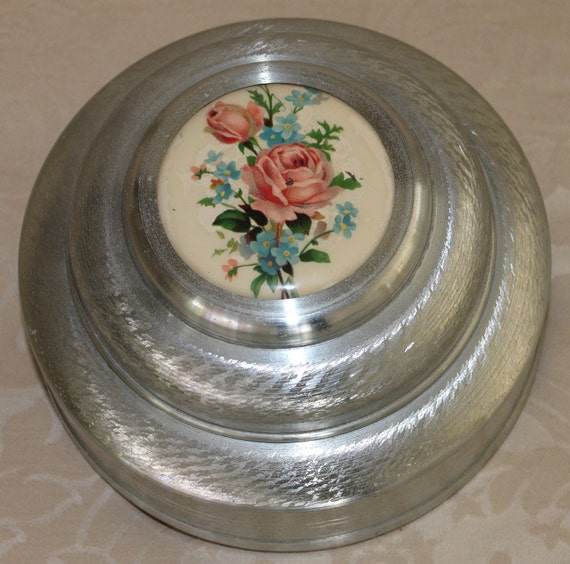 Vintage 1940 S Metal Music Box Roses Tales Of Vienna Woods