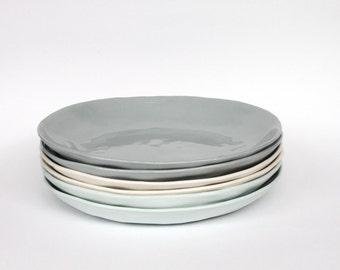 organic entree plate - porcelain (concrete colour)