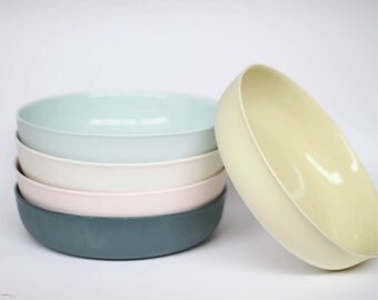 nesting bowl large - porcelain (milk colour)