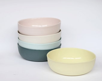 nesting bowl medium - porcelain (citrus colour)