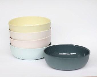 nesting bowl medium - porcelain (slate colour)