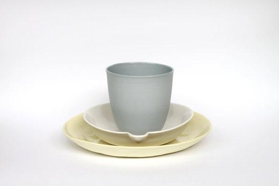 beaker - porcelain (concrete colour)