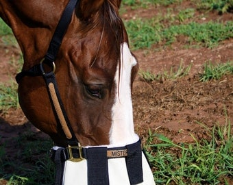 Attach to halter nose shade with sheepskin lining 90% UV protection!