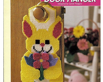 Bunny Door Hanger Plastic Canvas Pattern The Needlecraft Shop 400102