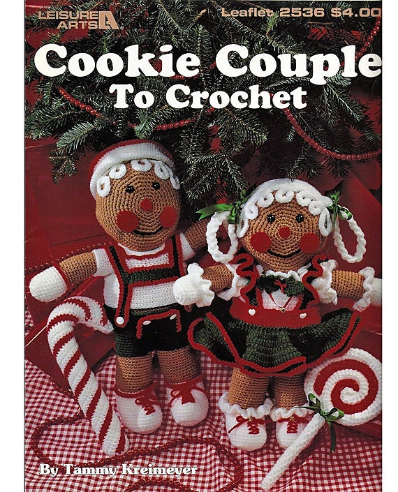 Cookie Couple to Crochet Leisure Arts Leaflet 2536