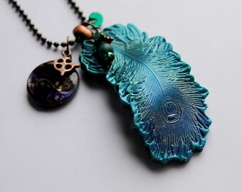 Peacock Feather pendant with Charms,  5 ,peacock feather, glass beads, charms, antique copper