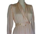 Full length Vintage Silk Robe Mutton Sleeves Eileen West sz 2 to 4 Women Misses Saks Fifth Avenue Queen Anne's Lace Soft Pastel Pink