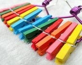Funky earrings, 80s style - Rainbow - Mini clothes tweezers and purple wire
