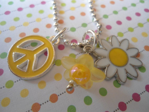 Sweet Spring DAISY charm childs necklace and Peace Sign Free shipping