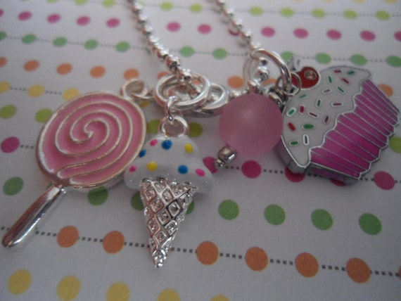 Sweet Pink CUPCAKE lollipop ice cream cone Necklace party favors Free ship