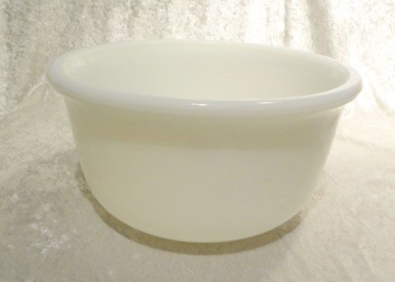 Large White Glass Hamilton Beach Stand Mixer Bowl