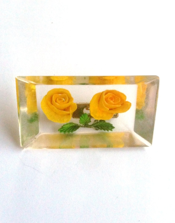 Yellow Rose Reverse Carved 1940s Lucite Brooch Vintage Jewellery