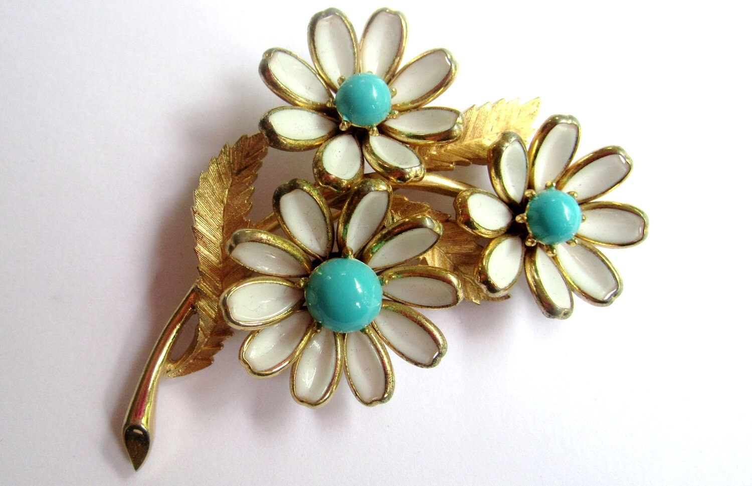Crown Trifari Brooch Daisy Flower Poured Glass 1950s Vintage